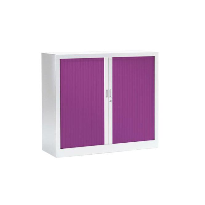 Armoire basse a rideaux couleur prune