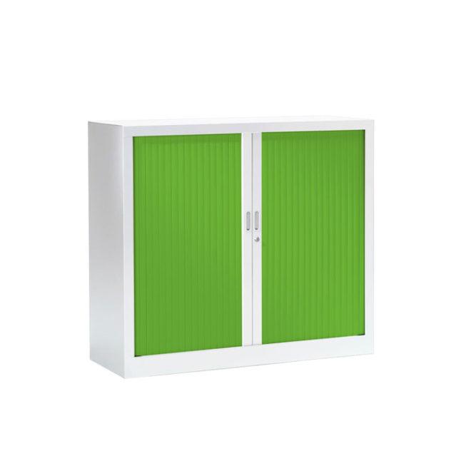 Armoire basse a rideaux blanche et verte
