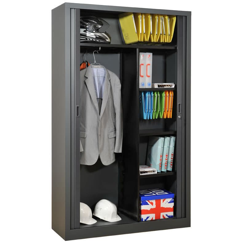 Une armoire m tallique pour votre chambre armoire plus - Comment decaper une armoire metallique ...