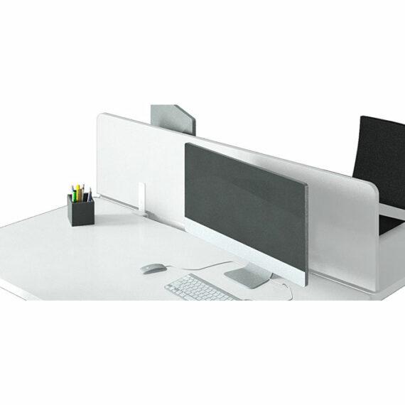deux bureaux avec ecran de separation