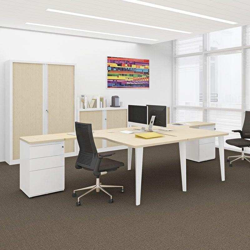 bureaux bench blancs avec armoires